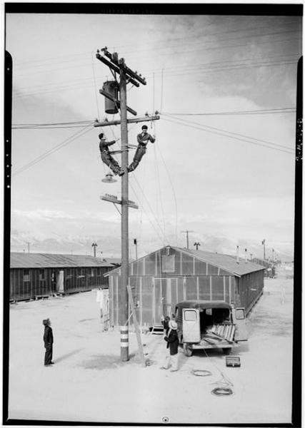 Ansel-Adams-Manzanar-Strom.jpg